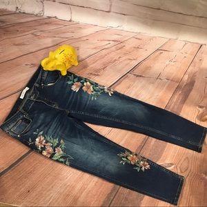 Zara Basics Skinny Jeans w/ Painted Floral Detail